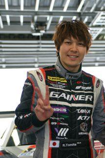 プロドライバー富田竜一郎選手